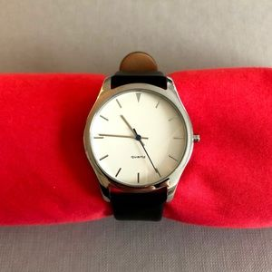 Jewelry - Classic Quartz Watch